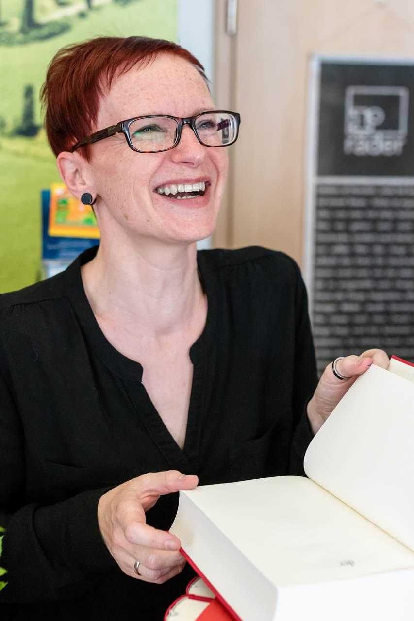 Buchhandlung WORTSCHATZ Inhaberin Vicky Richter